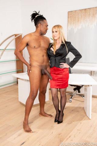 naked Brandi Love bbc milf