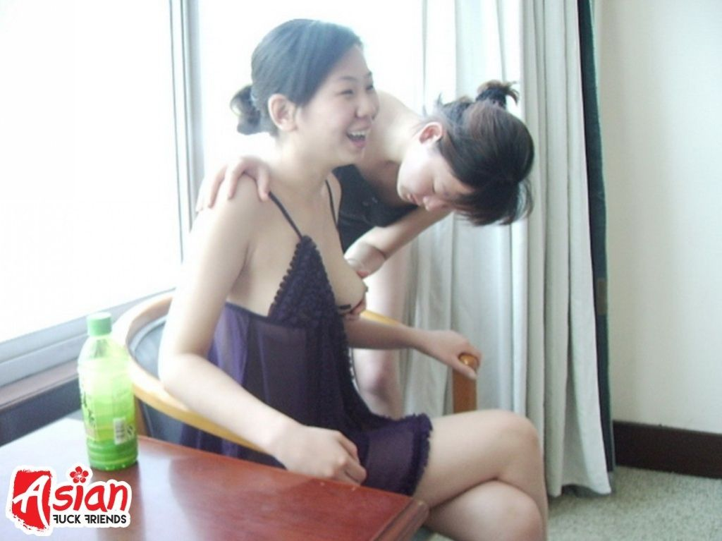 Young Asian swingers are shagging and playing cock