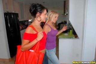 naked Kristen Cameron lesbians girlfriends