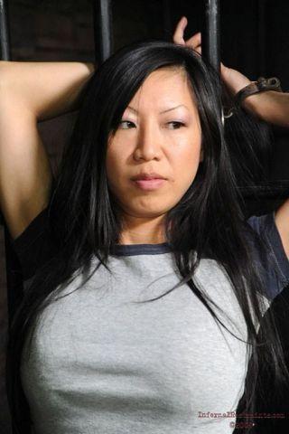 porn Tia Ling -infernal restraints big tits