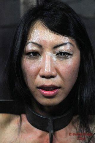 naked Tia Ling brunette spanking