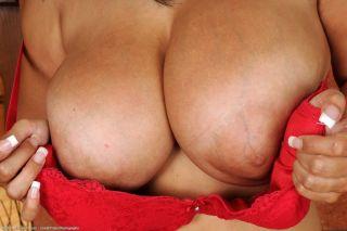 naked Jaylene Rio solo busty