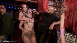 sex Max Cortes public femdom