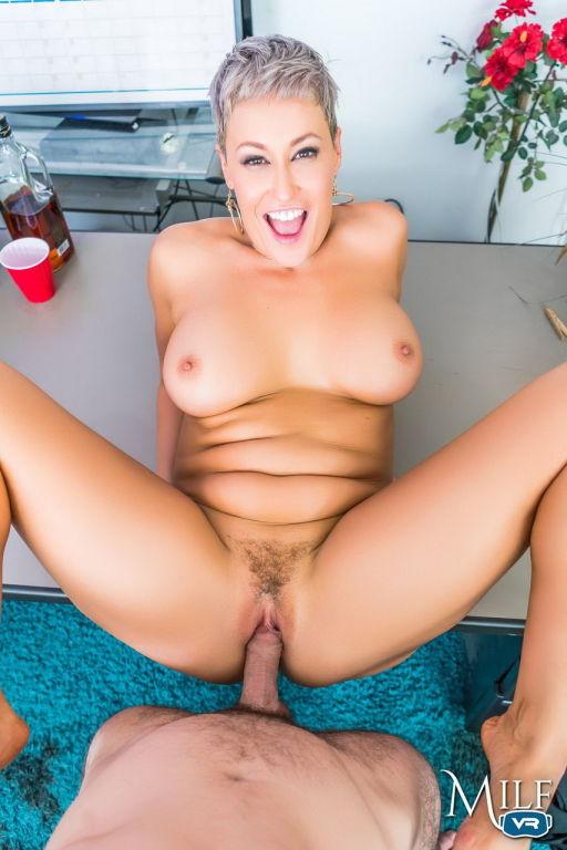 Sexy Ryan Keely milf lady got fucked
