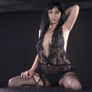 naked Rebecca Volpetti european slim