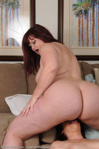 nude Virgo Peridot milf lesbians