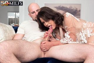 naked Kelly Scott blowjob lingerie