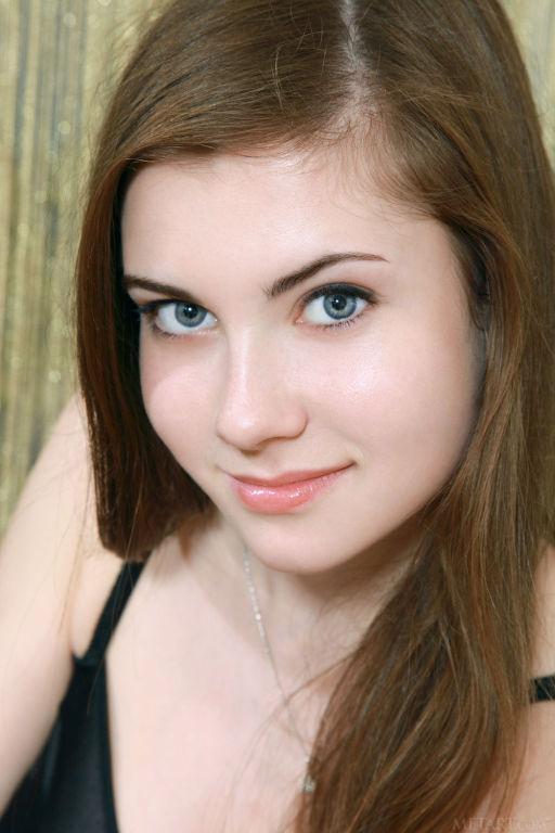 Young Russian model Marta E set Njuta by MetArt