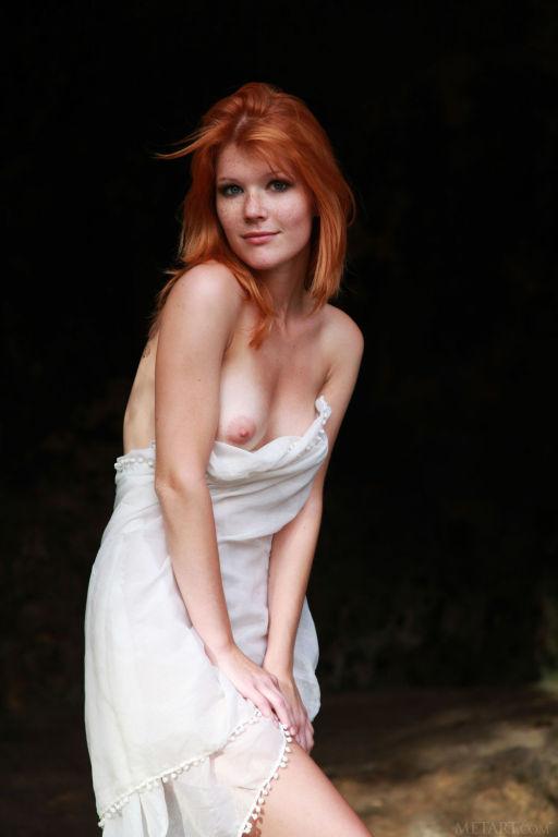Young Russian model Mia Sollis set Berasa by MetAr