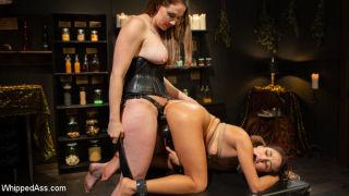 naked Isabella Nice *chanel preston lesbians