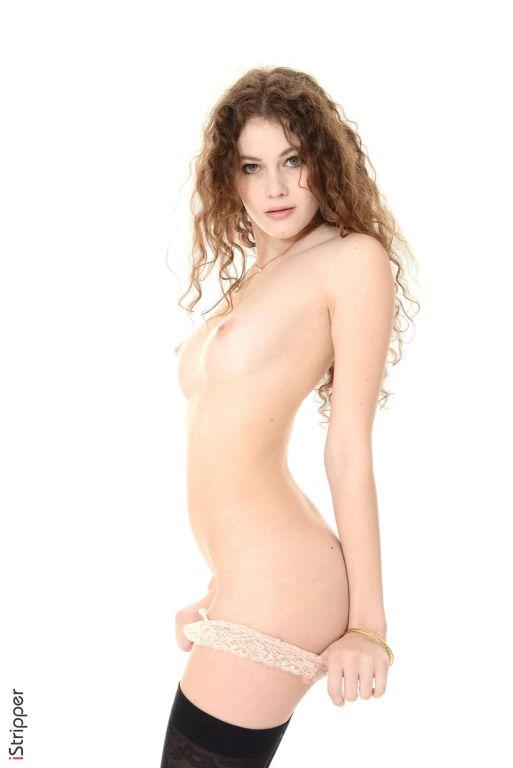 Curly beauty babe Heidi Romanova spreading her hot
