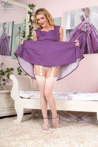 sexy Vanessa Scott -vintage flash lingerie