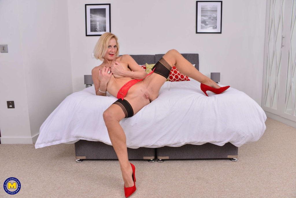 Naughty British housewife Molly Maracas playing wi