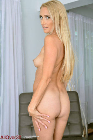 naked Misha Mynx housewives pornstars