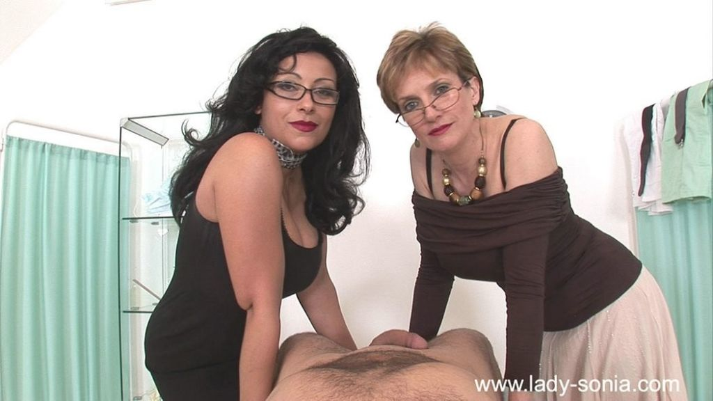 CFNM action with busty nurse Lady Sonia and handjo