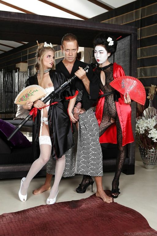 Luscious geishas have anal threesome with wellhung