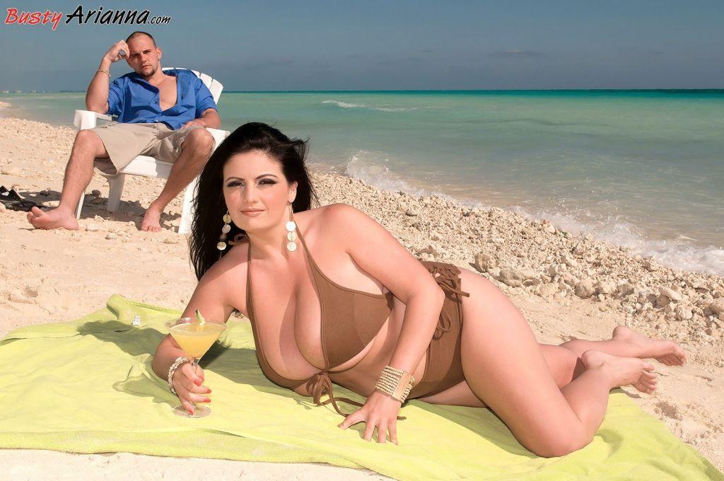 Arianna Sinn » Sex On The Beach