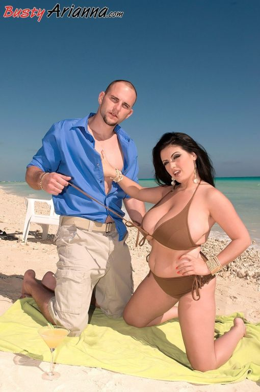 Arianna Sinn ? Sex On The Beach