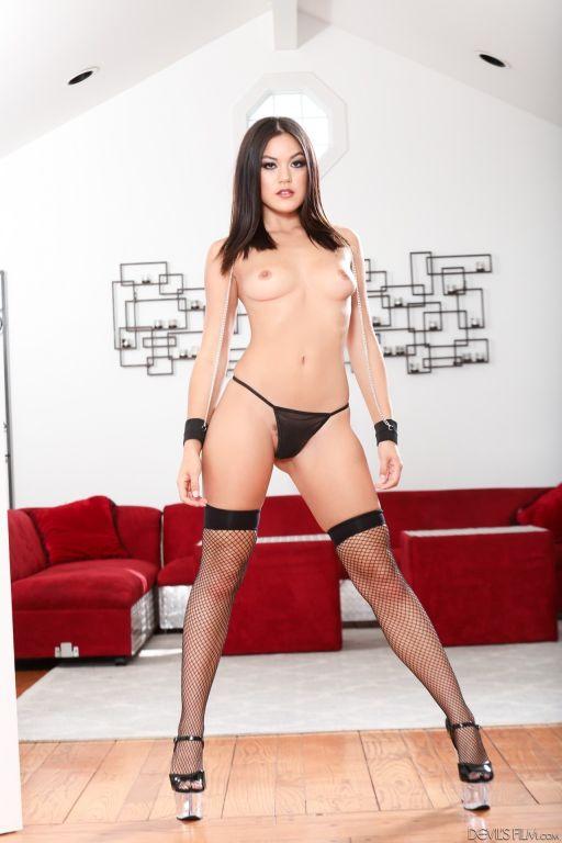 Asian Kendra Spade shows