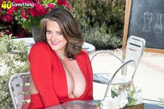 naked Kerry Martin wife mature