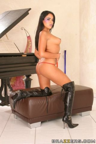 naked Black Angelica blowjob deapthroat