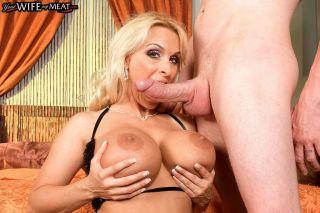 naked Holly Halston *holly halston milf