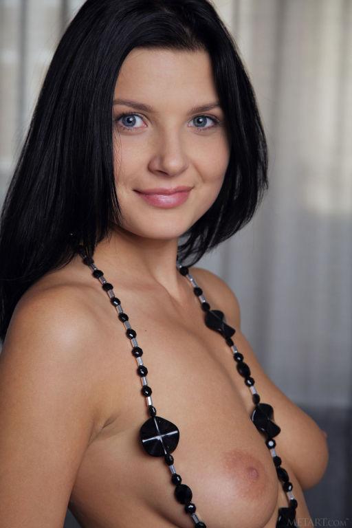 Young lady Branna A set Esbelta