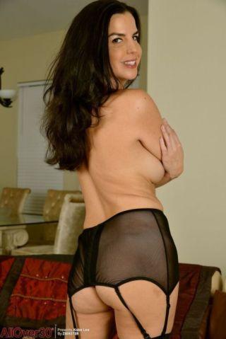 naked Kobe Lee stockings milf