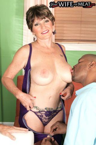 porn Bea Cummins wife blowjob
