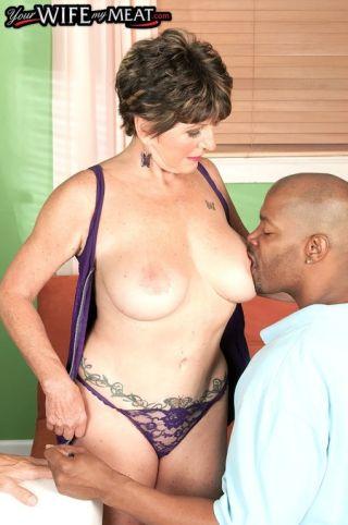 sex Bea Cummins pussy licking blowjob