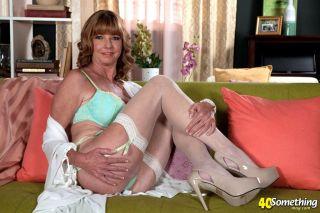 sexy Carlos Rios *dee delmar wife