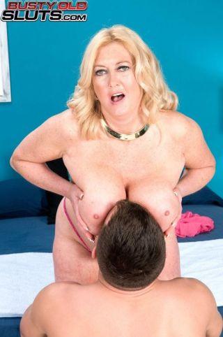 naked Tahnee Taylor hardcore big tits