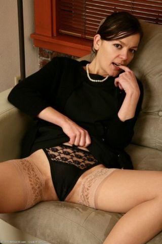 sexy Camilla Rhodes stripping european