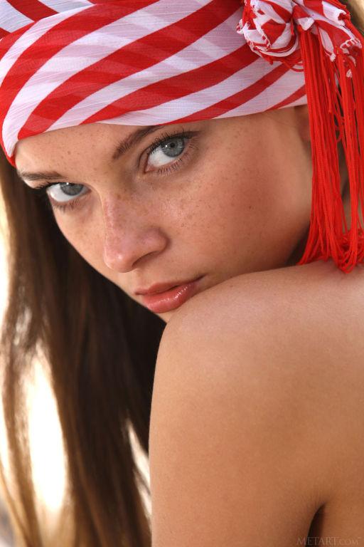 Young lady Indiana A set Roisu
