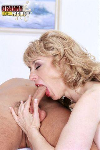 porn Nina Hartley deapthroat pussy licking