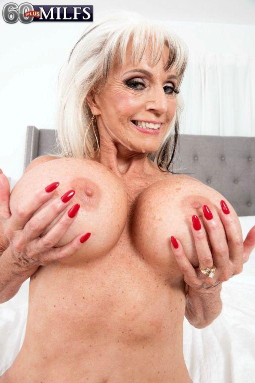 Hot older lady Sally DAngelo fucks black and white