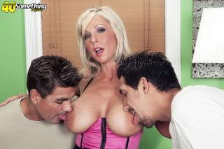 porn Naughty Alysha threesome milf