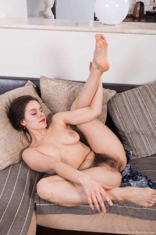 Ole Nina strips naked playing her ukelele
