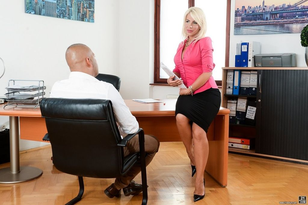 Tiffany Rousso busty blonde office babe deepthroat