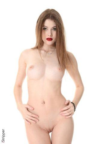 sexy Heidi Romanova -istripper pornstars