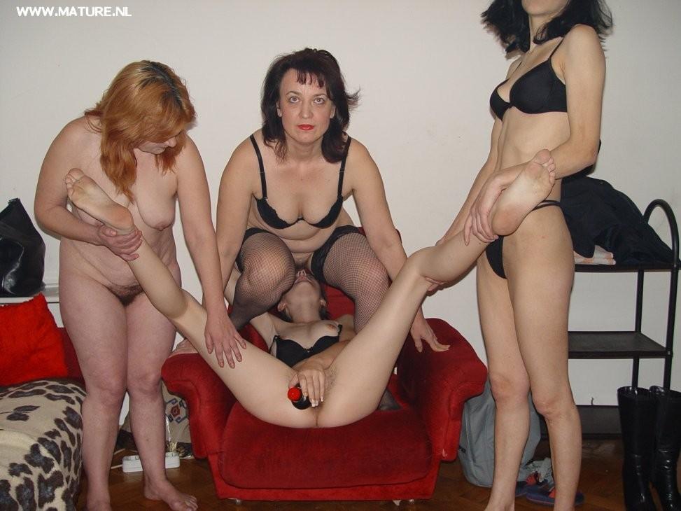 Mature lesbian party porn
