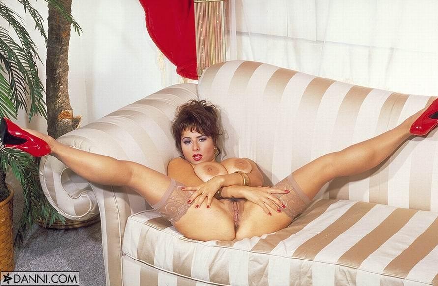 Chloe vevrier legs