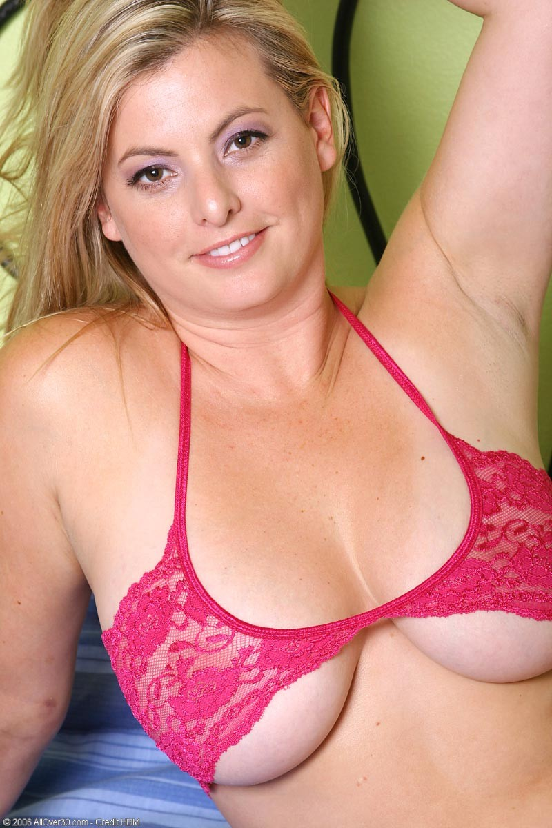 Natural Busty Blonde Fuck