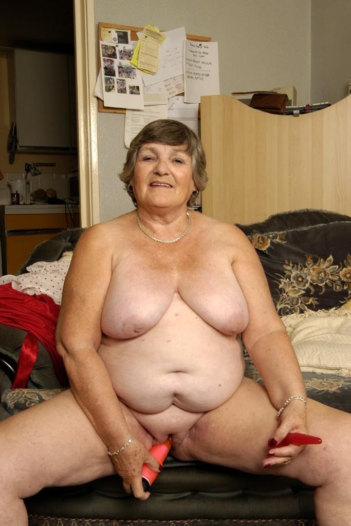 mature fat lady naked