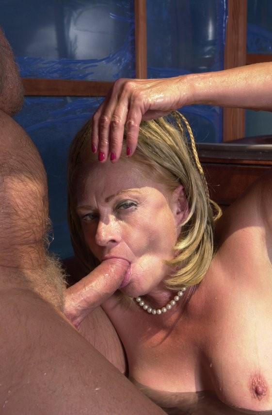 Lil Sister Sucking Dick