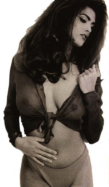 Shana Zadrick  nackt