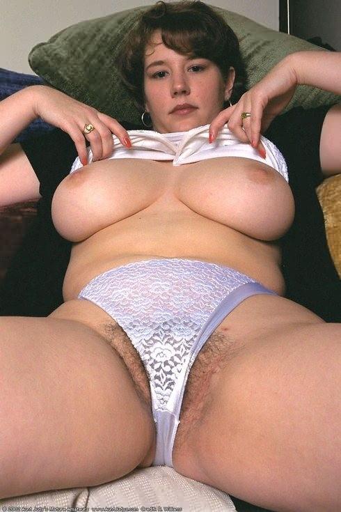 chubby women in panties