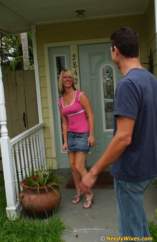 Wife Seduces Handyman