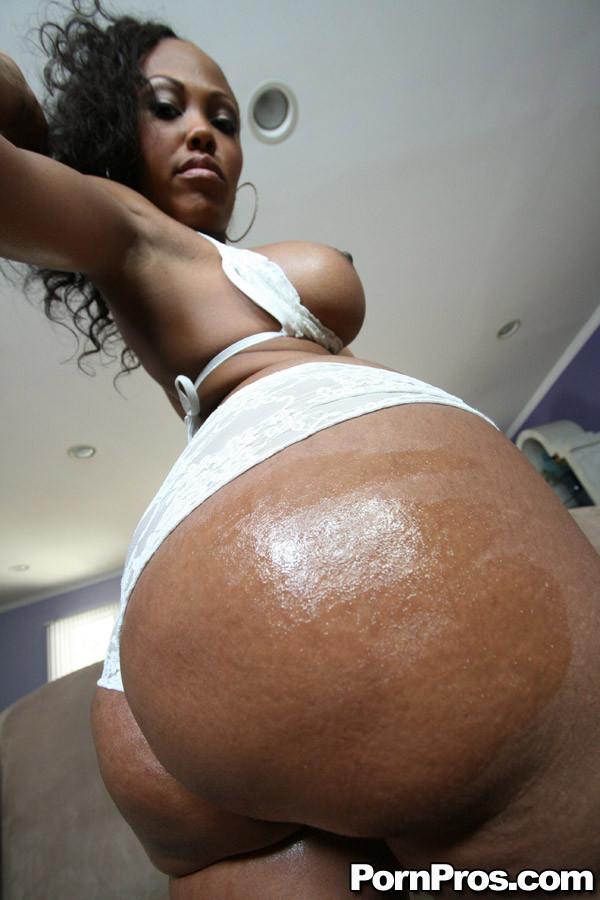 Ebony Milf Blowjob White