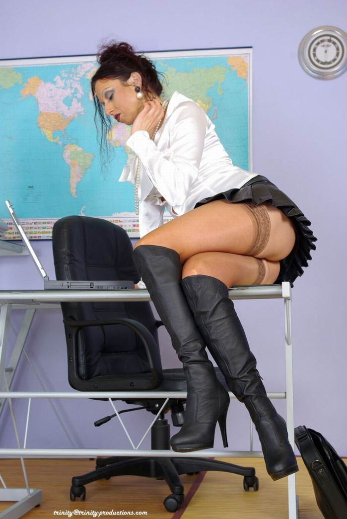 office girls nylon sex galactic